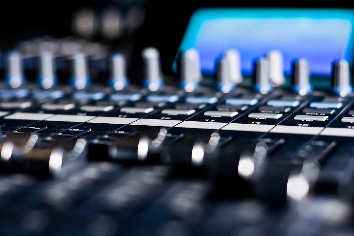 Yamaha O2R96 Mixing Console